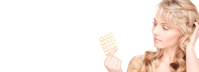 copertina donna con pillola