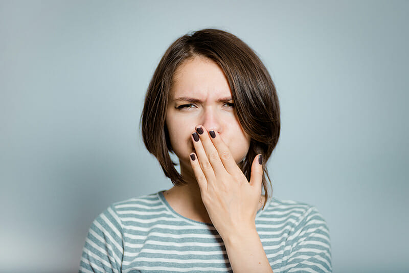Pillola e nausea: perché può succedere e come prevenirla
