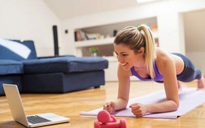 10 esercizi da fare a casa per rimanere in forma