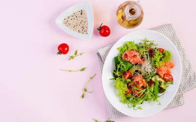 Sindrome premestruale e alimentazione, tutti i consigli utili